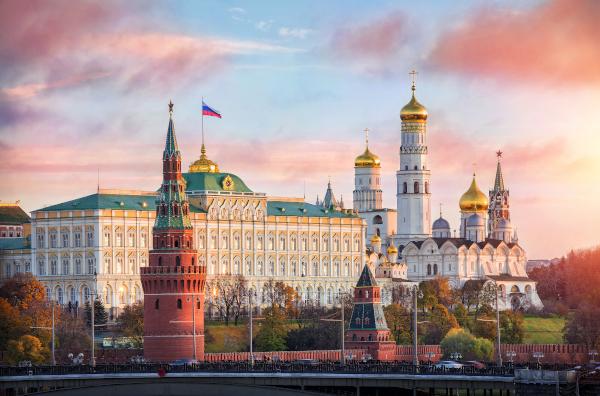 Соцопрос: 62% россиян считают свое будущее в стране неблагоприятным