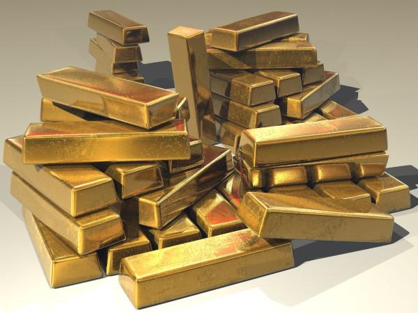 Из-за коронавируса цены на золото достигли максимума за шесть лет