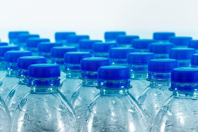 В России хотят ввести маркировку алкогольной продукции и питьевой воды