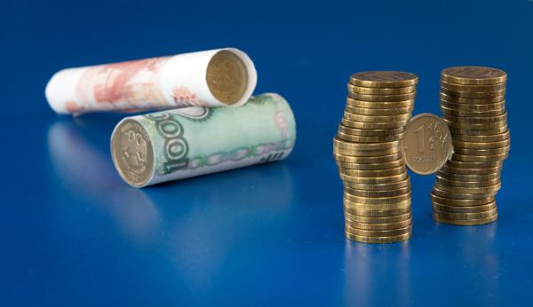 В ЦБ оценили влияние снижения курса рубля на рост цен