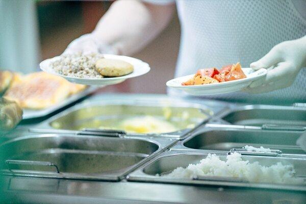 Инцидент с отравлением в школе №1 Красноармейска не стал причиной для проверки поставщика питания ООО