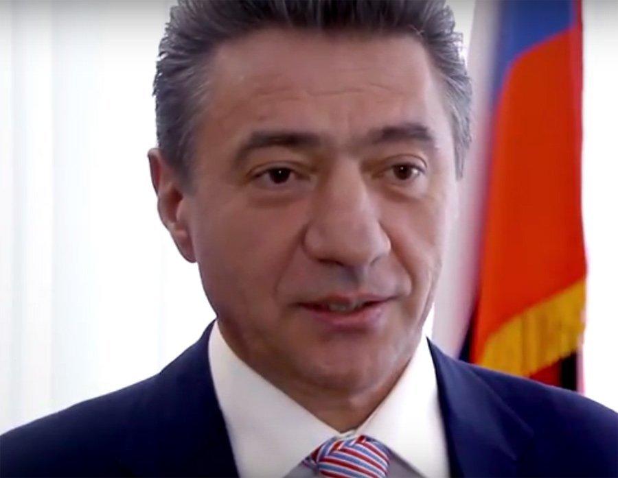 Два года Пекарев игнорирует требование о декларации своих доходов