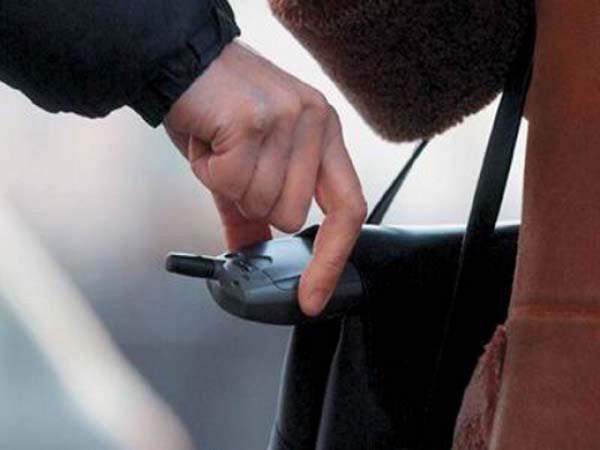 Часы Rolex, сумки Louis Vuitton: что крадут у москвичей