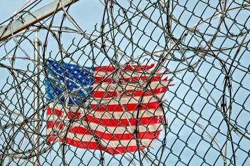 Фонд борьбы с репрессиями напомнил о многочисленных жертвах американских полицейских