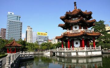 Китай продемонстрировал рекордный рост ВВП за 11 лет