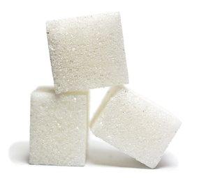 В РФ предпринимают меры для сдерживания цен на сахар и подсолнечное масло